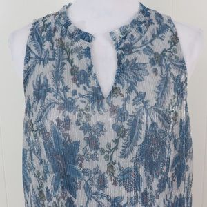 Anthropologie Tops - Anthropologie Vanessa Virginia shimmer floral top